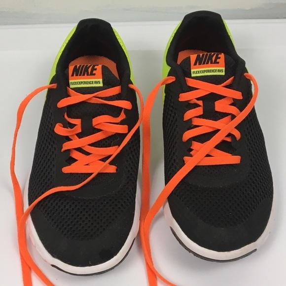 Nike Flex Experience (RN) 5.
